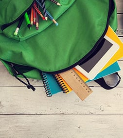 Bunter Schulrucksack für Jugendliche